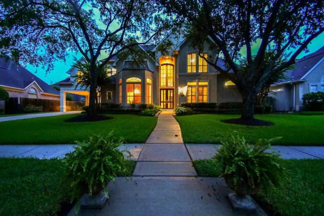 3323 Oak Tree Court, Sugar Land, TX 77479 (MLS #92339363) :: The Queen Team