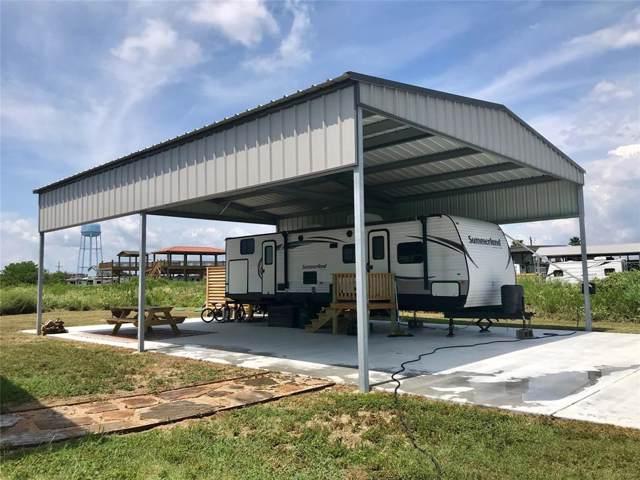 1815 Honeysuckle, Crystal Beach, TX 77650 (MLS #9235094) :: Ellison Real Estate Team