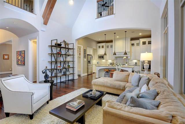 23 Brittany Rose Place, The Woodlands, TX 77375 (MLS #92362965) :: The SOLD by George Team