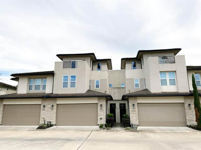 11539 Royal Ivory Crossing, Houston, TX 77082 (MLS #92383088) :: Michele Harmon Team