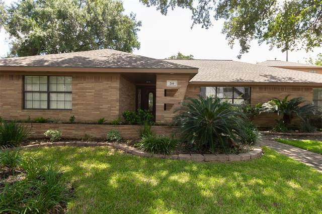 210 Avenue Of Oaks Street, Houston, TX 77009 (MLS #92468561) :: Giorgi Real Estate Group
