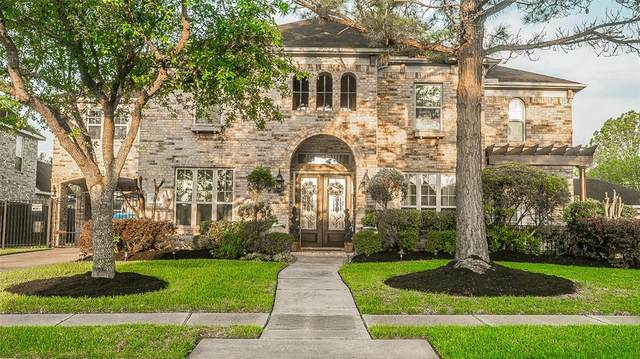 15518 Stone Gables Lane, Houston, TX 77044 (MLS #92472140) :: Christy Buck Team