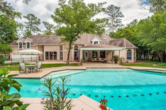 2 Misty Point, The Woodlands, TX 77380 (MLS #92503323) :: The SOLD by George Team