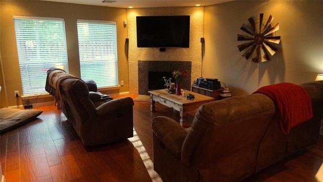 26885 Manor Falls Drive, Kingwood, TX 77339 (MLS #92523071) :: Team Parodi at Realty Associates