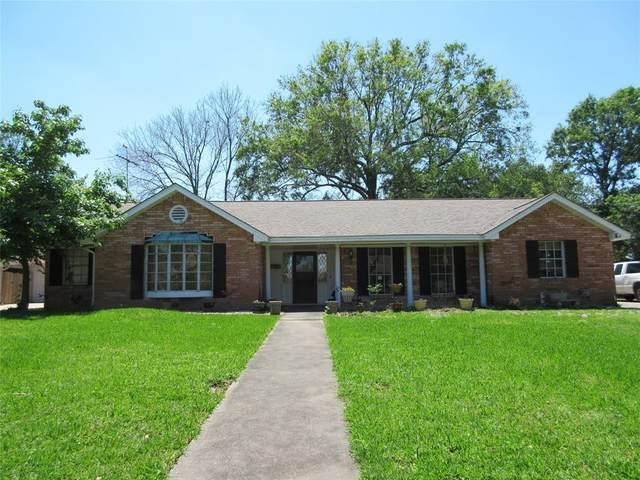 5005 Ashwood Drive, Baytown, TX 77521 (MLS #92597993) :: Caskey Realty