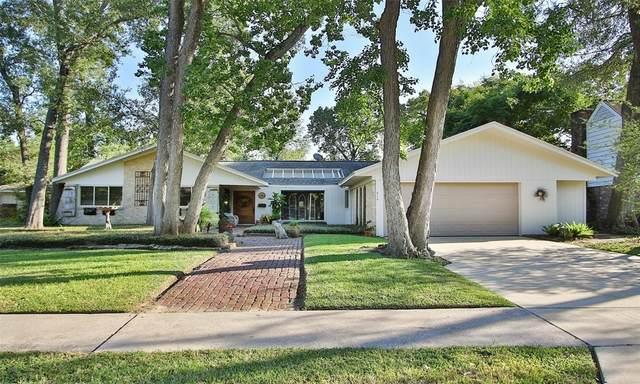 410 Bayou View Drive, El Lago, TX 77586 (MLS #92635347) :: Rachel Lee Realtor