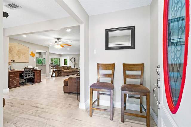 702 Ruby Lane, Magnolia, TX 77354 (MLS #92663313) :: Parodi Group Real Estate