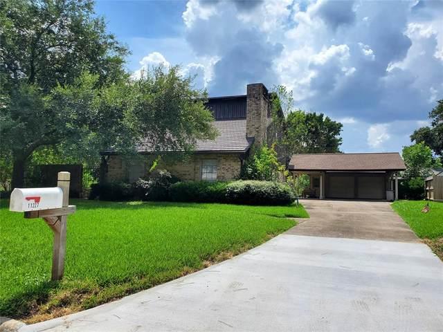 11227 Timberline Road, Houston, TX 77043 (MLS #92668231) :: Green Residential