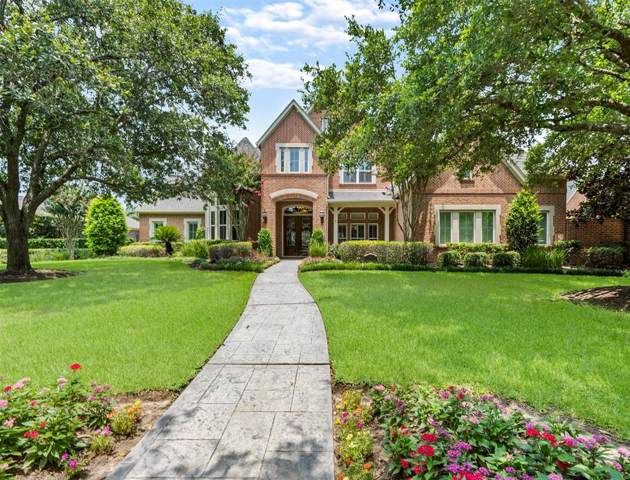 19 Cypress Ridge Lane, Sugar Land, TX 77479 (MLS #92671246) :: Ellison Real Estate Team