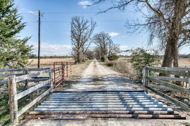 705 A & B Round Prairie Road, Bedias, TX 77831 (MLS #92704449) :: My BCS Home Real Estate Group