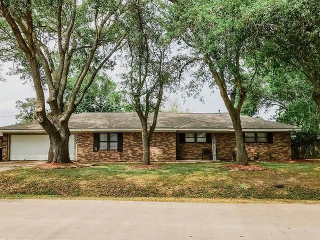 3921 Doris Street, Bay City, TX 77414 (MLS #92712876) :: Bay Area Elite Properties