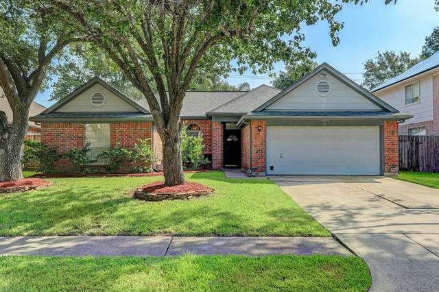 16023 Copper Canyon Drive, Friendswood, TX 77546 (MLS #92736249) :: Christy Buck Team