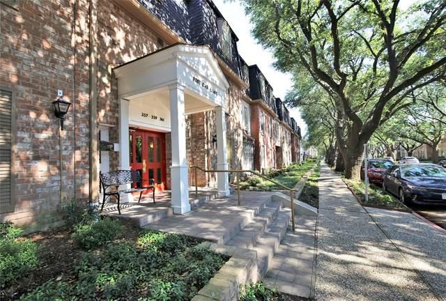 359 N Post Oak Lane #126, Houston, TX 77024 (MLS #92755101) :: Green Residential