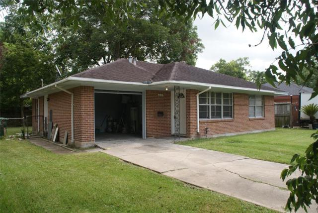 2131 Nell Street, Houston, TX 77034 (MLS #92763028) :: Texas Home Shop Realty
