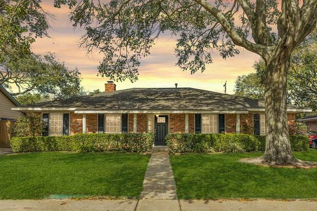6230 Rutherglenn Drive, Houston, TX 77096 (MLS #92878935) :: The Parodi Team at Realty Associates