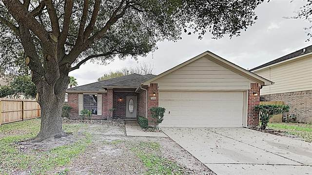7950 Still Water Street, Baytown, TX 77521 (MLS #92938335) :: Connect Realty