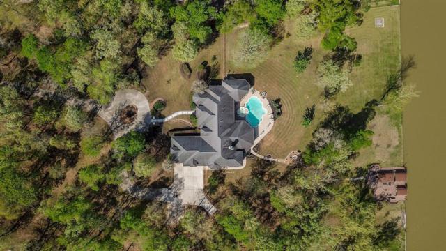 18908 Harbor Side Boulevard, Montgomery, TX 77356 (MLS #93056096) :: Giorgi Real Estate Group