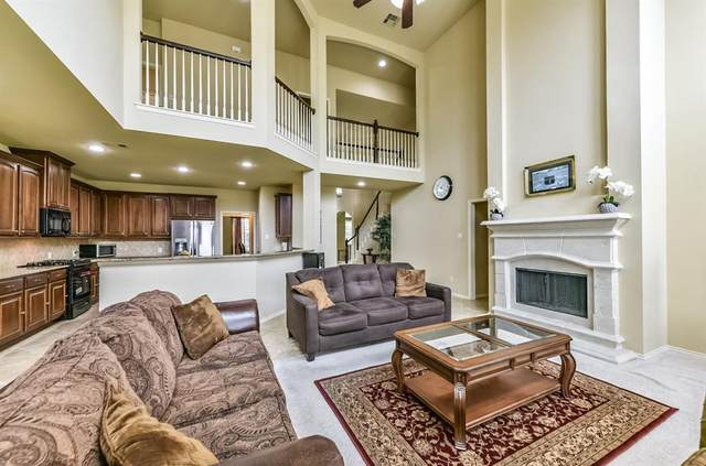 13603 Briar Rose Drive, Pearland, TX 77584 (MLS #93073295) :: The SOLD by George Team