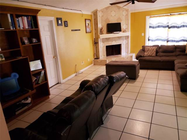 6206 Briar Terrace Drive, Houston, TX 77072 (MLS #9314495) :: The Heyl Group at Keller Williams