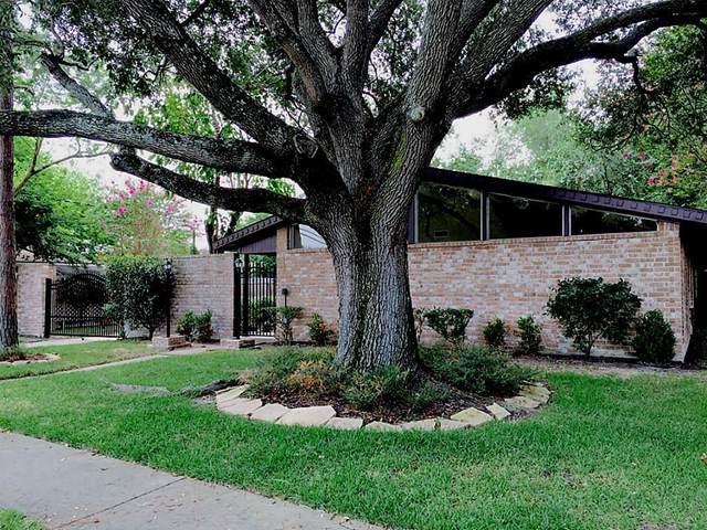 13431 Woodchester Drive, Sugar Land, TX 77498 (MLS #93207699) :: The Heyl Group at Keller Williams