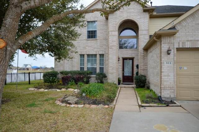 811 Aqua Vista Lane, Rosenberg, TX 77469 (MLS #93287134) :: The Parodi Team at Realty Associates