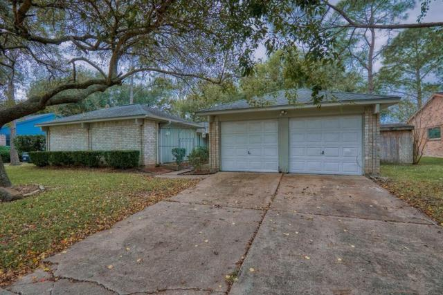 414 W Castle Harbour Drive, Friendswood, TX 77546 (MLS #93397615) :: Rachel Lee Realtor