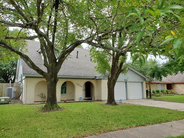 10223 Kirkdale Drive, Houston, TX 77089 (MLS #93521381) :: The SOLD by George Team