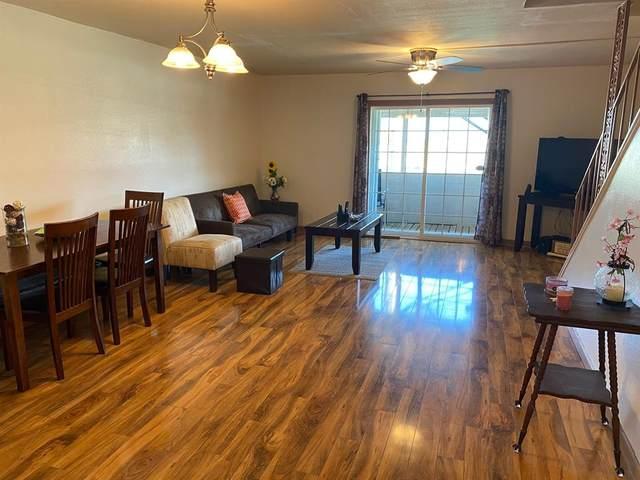 215 Post Office Street #806, Galveston, TX 77550 (MLS #93596685) :: Connect Realty