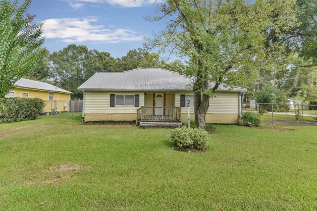 907 S Fenner Avenue, Cleveland, TX 77327 (MLS #93627529) :: Phyllis Foster Real Estate