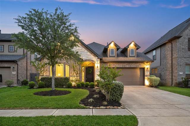 2939 Dawn Haven Lane, Pearland, TX 77584 (MLS #93686056) :: Caskey Realty