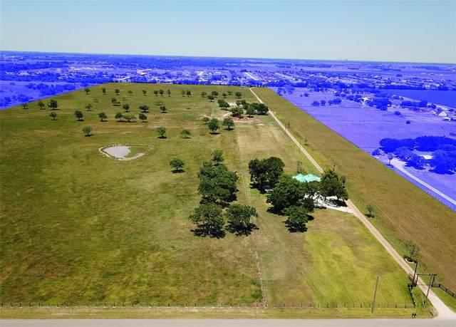 10507 Padon Road, Needville, TX 77461 (MLS #93715085) :: The Parodi Team at Realty Associates