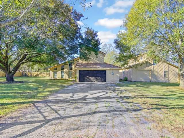4004 County Road 833, Alvin, TX 77511 (#93760072) :: ORO Realty