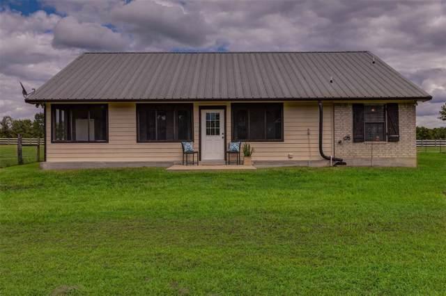 8624 Rolling Oaks Drive, Montgomery, TX 77356 (MLS #93938823) :: The Heyl Group at Keller Williams