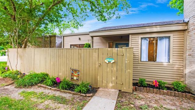 1368 Chardonnay Drive, Houston, TX 77077 (MLS #93942197) :: Oscar Fine Properties