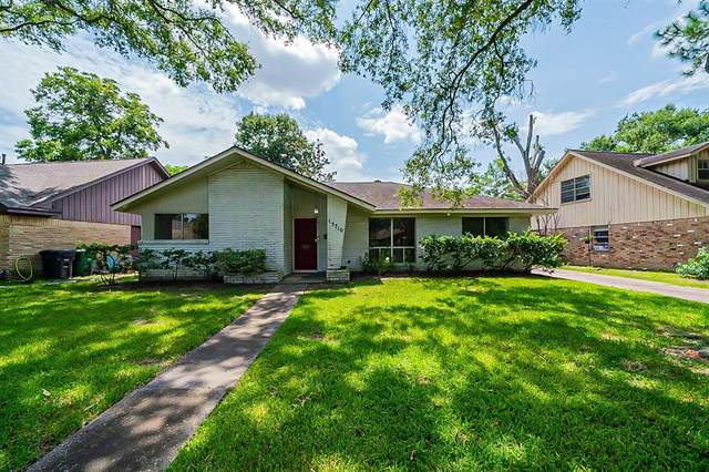 15710 Seavale Road, Houston, TX 77062 (MLS #93981569) :: The Home Branch