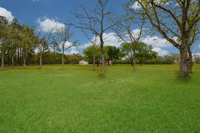8300 Cook Road, Manvel, TX 77578 (MLS #93982788) :: Michele Harmon Team