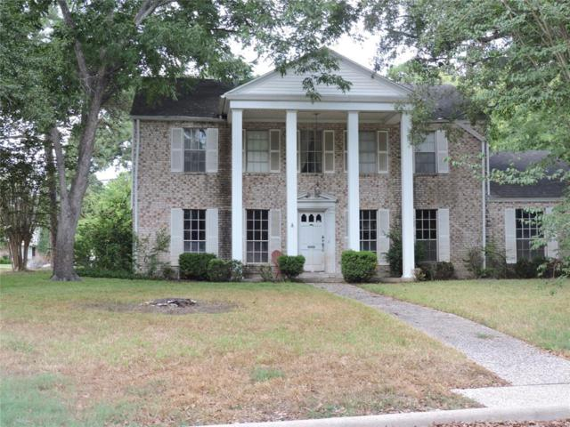 14240 Kellywood Lane, Houston, TX 77079 (MLS #9399520) :: Fairwater Westmont Real Estate