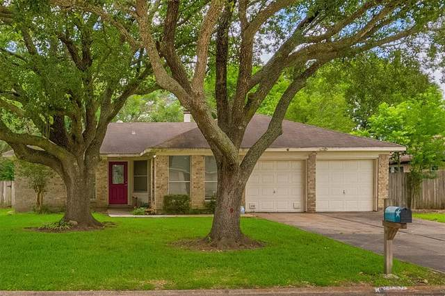 2936 Ocean Way, League City, TX 77573 (MLS #94022919) :: My BCS Home Real Estate Group