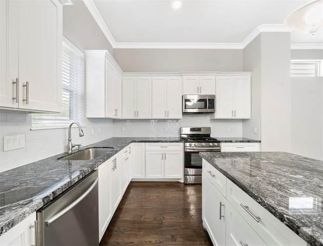 812 Fisher Street J, Houston, TX 77018 (MLS #94030679) :: Green Residential