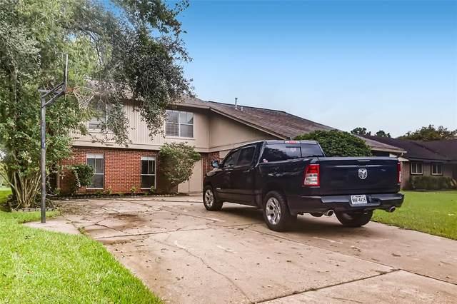 428 E Castle Harbour Drive, Friendswood, TX 77546 (MLS #94063056) :: Christy Buck Team