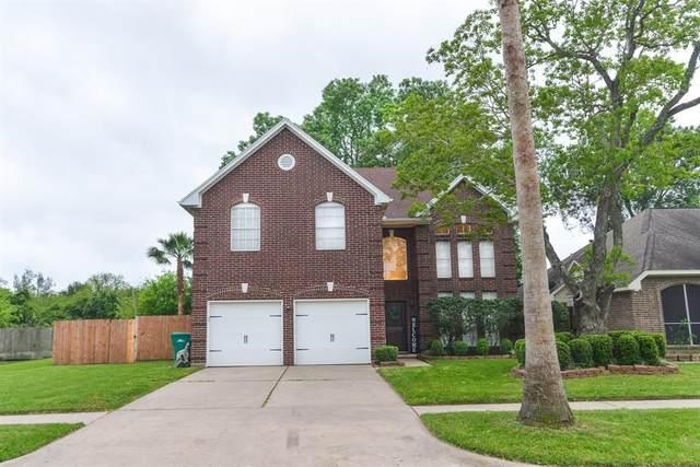 1301 S Heron Drive, Seabrook, TX 77586 (MLS #94097044) :: The SOLD by George Team