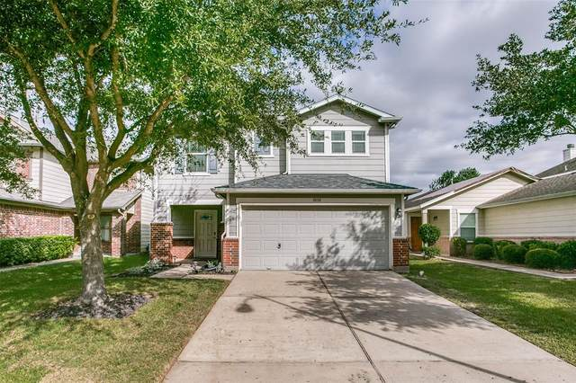 18110 Shallow Leaf Lane, Cypress, TX 77433 (MLS #94161117) :: My BCS Home Real Estate Group