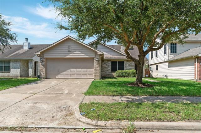 7815 Black Bird Lane, Baytown, TX 77523 (MLS #94184232) :: Texas Home Shop Realty