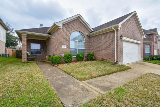 2205 Perkins Crossing Dr Drive, Conroe, TX 77304 (MLS #94476268) :: The SOLD by George Team