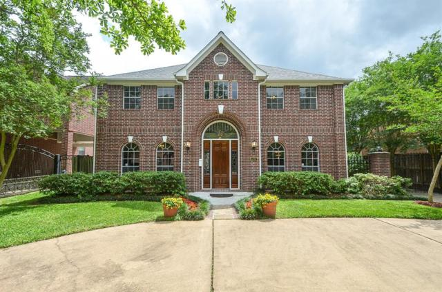 5207 Laurel Street, Bellaire, TX 77401 (MLS #94529666) :: Glenn Allen Properties