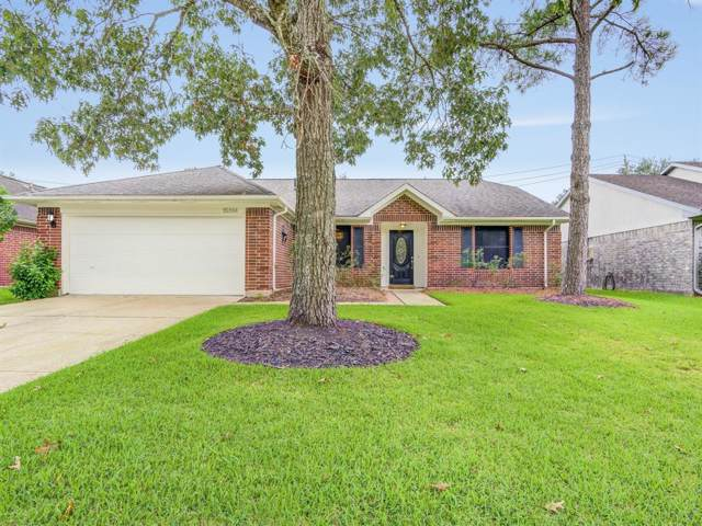 15814 Constitution Lane, Friendswood, TX 77546 (MLS #94560375) :: The Bly Team
