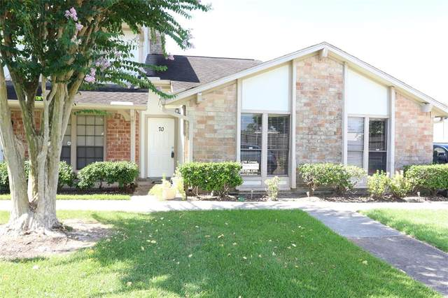 70 T Huxley, Missouri City, TX 77459 (MLS #94591487) :: The Parodi Team at Realty Associates