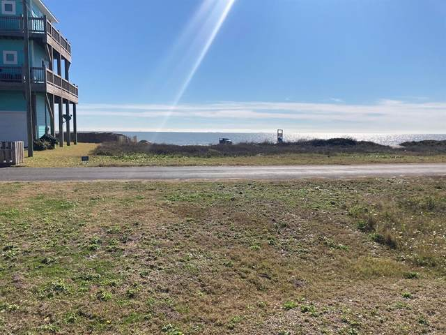 2635 Holiday, Crystal Beach, TX 77650 (MLS #94714523) :: Christy Buck Team