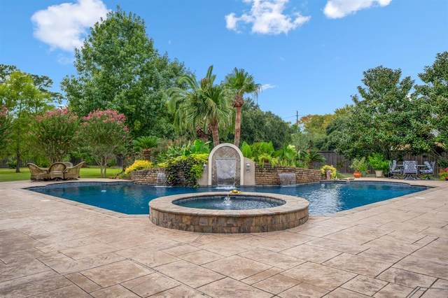 9619 Stonebridge Place, Tomball, TX 77375 (MLS #94735402) :: Connell Team with Better Homes and Gardens, Gary Greene