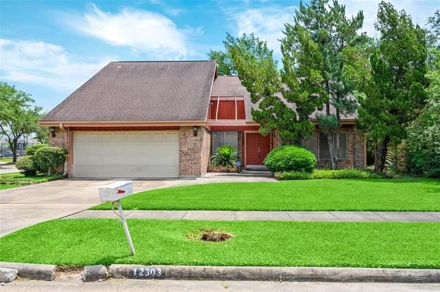 12303 Braesridge Drive, Houston, TX 77071 (MLS #94749704) :: Caskey Realty